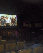 Yennaiarinthal huge crowd in vellore show  eve 6 o clock