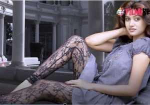 பிரபல நடிகர்களுடன் ஜோடி சேரும் ஓவியா-வீடியோ