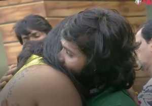 சினேகன் 'கட்டிப்புடி' வைத்தியம் வைரல் வீடியோ