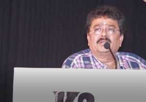 ஜூலியை கேவலமாக  திட்டும் எஸ்.வி.சேகர்- வீடியோ