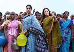 80களின் முன்னணி ஹீரோயின்கள் பலரும் புகழ்ந்த ஜெயப்ரதாவின் அழகு