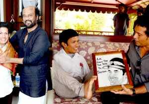 சமீபத்தில் கேரளா முதல்வரை சந்தித்த பிரணவ் ரஜினியையும் சச்சினையும் சந்தித்துள்ளார்