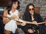 Shilpa Puts Rekha On Beauty Duty