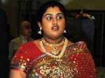 Vanitha Faints High Court Campus Aid