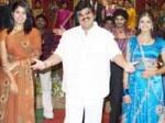 Dasari Narayanarao Blasts Actressess Aid