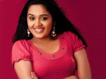 Sasikumar Debut Mollywood Aid