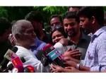 Ilayaraja Slams Reporter