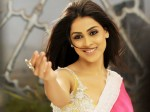 Genelia Gives Birth Boy Again