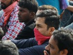 Actor Karthi Joined With Marina Protestors