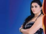Namitha Heats Up Big Boss House