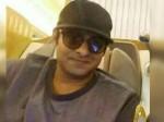 Prabhas S Clean Shaven Look Disppoints Fans