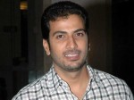 Poonam Kaur Walks Of Jithan Ramesh S Movie