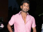 Vishal S Efforts Help Flood Victims