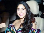Jhanvi Kapoor Is An Instant Hit On Instagram