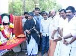Vishal Pays Tribute Mgr