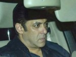 Salman Khan Cries Front Sridevi Body