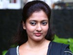 Gayathri Warns Cyber Bullies
