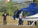 Shahrukh Khan Uses Helicopter Reach Shootingspot