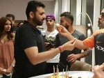 Anushka Sharma S Reaction On Dhoni S Birthday Went Viral