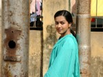 Catherine Tresa Doesn T Believe Love At First Sight