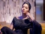 Actress Nivedha Pethuraj Feels Not Having Boy Friend