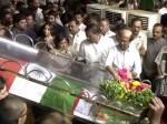 Rajini Pays Tribute Karunanidhi