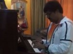 Actor Vivekh Greets Independence Day Playing National Anthem In Piano