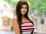 Yashika Walks Of Movie Bigg Boss
