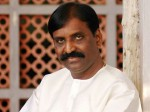 Seenu Ramasamy Offers Rs 10 Lakhs Vairamuthu Song
