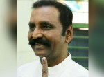 Please Do Cast Vote Urges Vairamuthu