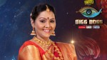 Fathima Babu Has Entered In Biggboss House As The First Contestant