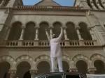 PM Narendra Modi ட்ரெய்லர்: குஜராத் கலவரத்தில் இஸ்லாமியர்களை காப்பாற்றிய மோடி