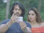 Uchakattam Review: ஒரு கொலையும்..சில மர்மங்களும்.. விறுவிறுப்பாக சொல்லும் உச்சக்கட்டம்! விமர்சனம்