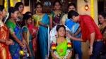 Nila Serial: நலுங்குன்னா சந்தனம் வைக்கறதுதான்.. அதென்ன சந்தன நலுங்கு?