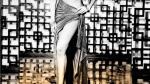 விழுந்துடப் போகுது.. ஒரு கயிறப்போட்டாவது கட்டுங்க.. நடிகையின் டிரெஸை பார்த்து காண்டான நெட்டிசன்ஸ்!