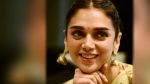 அதிதி ராவுக்கு இன்று பிறந்தநாள்..  கொண்டாட்டத்தில் ரசிகர்கள்!
