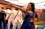 ஆரி, பாலா, ரம்யா, ரியோ, சோம்.. செம சூப்பரா இருக்காங்களே.. இறுதிப்போட்டியில் பங்கேற்ற குடும்பங்கள்!