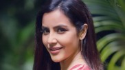 அப்பத்தான் குளிச்சு எழுந்த ரோஜா போல.. எங்கே போய்ட்டீங்க பிரியா!