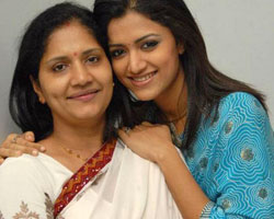 Mamtha Mohandoss with her mother