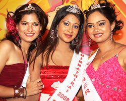 Riya won Miss Chinnathirai-2008