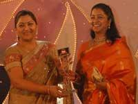 விவெல் சின்னத்திரை விருது 2008- சிறந்த நடிகை ராதிகா