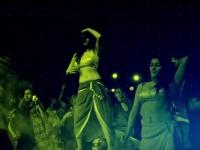 பக்தாஸுக்காக இருட்டு அறையில் முரட்டுக் குத்து 'போர்ன் ஆந்தம்': குடும்பத்தோட மட்டும் பார்த்துடாதீங்க