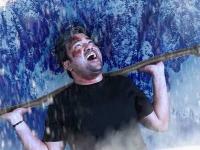 இன்னும் வராத ரஜினியின் 2.0-வைக்கூட விட்டு வைக்காத தமிழ்படம் 2... ஒன்இந்தியா விமர்சனம்!