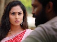 Ayudha ezhuthu serial: மனசை கொடுத்துட்டு மனுஷன் யாருன்னு கேட்கறியேம்மா?!