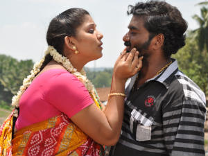 Aruvikaraiyoram Movie