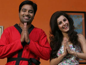 http://photos.filmibeat.com/tamil-movies/thillu-mullu/photos/40533.html