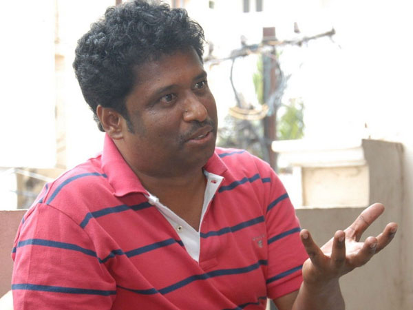 Elred Kumar gives chance to debutant director