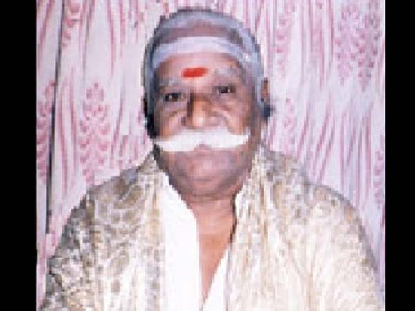 Actor Meesai Murugesan no more