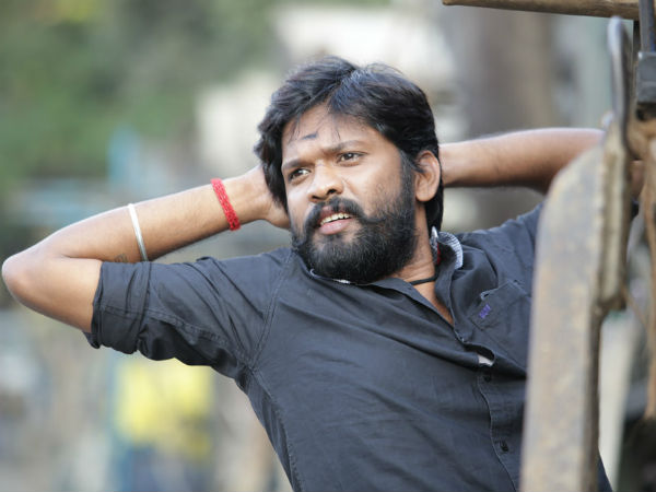 Soundararaja, now turns hero in Malayalam