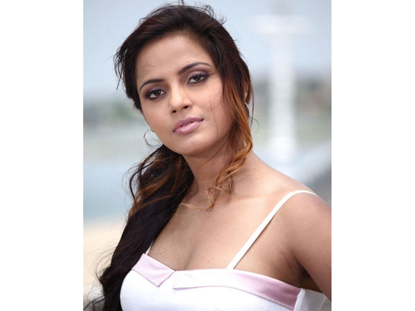 Neethu Chandra in dual role